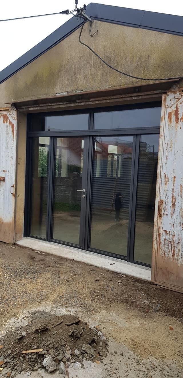 Menuiseries aluminium de marque K-LINE, La Fenêtre Lumière - Style industriel