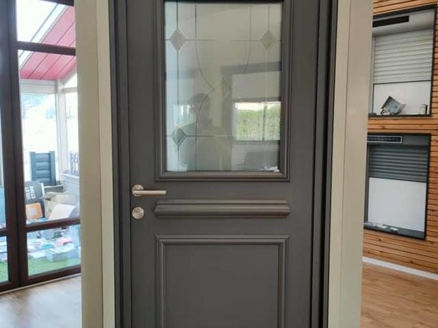 porte-entrée-aluminium-de-marque-kline-modèle-topaze