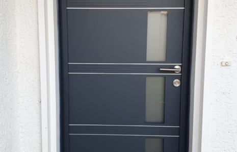 Porte d'entrée Aluminium modèle Quadrige – K.LINE – NIEUL SUR MER (17137)